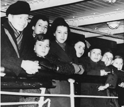 The first 200 Kindertransport children. Jewish refugees from Germany arrive in Harwich, England in December 1938.