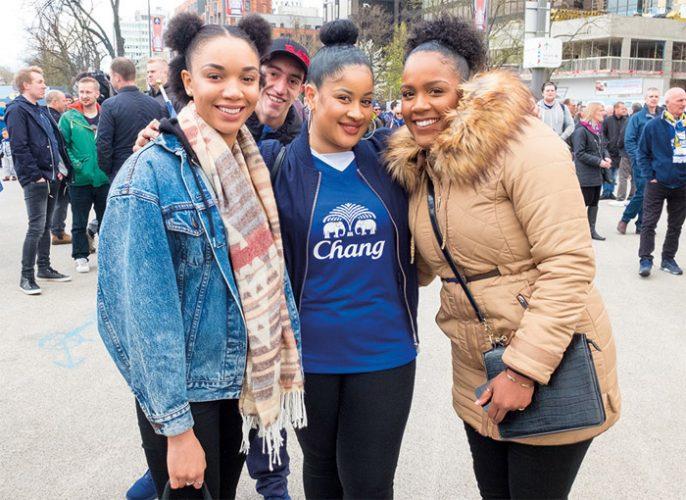 Girlfans: UK women's love of football